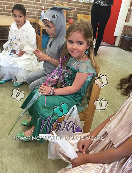 Review-Novakinderkleding-Frozen-Elsa-Prinsessenjurk-Groen-Metallic