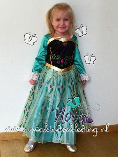 review beoordeling tevreden klanten tevreden kindjes blije kindjes recensie novakinderkleding uniek exemplaar prinsessenjurk prinses Anna Disney Frozen